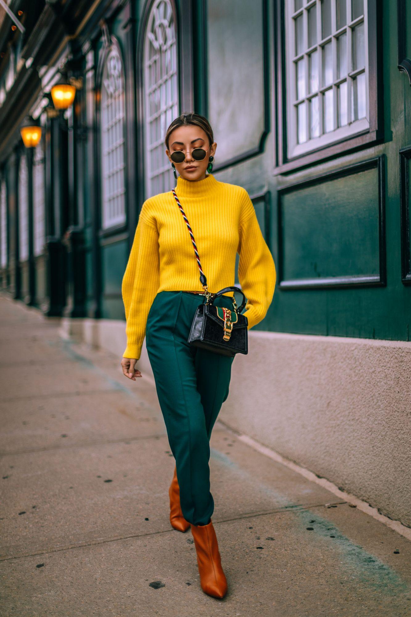 образ с желтым свитером