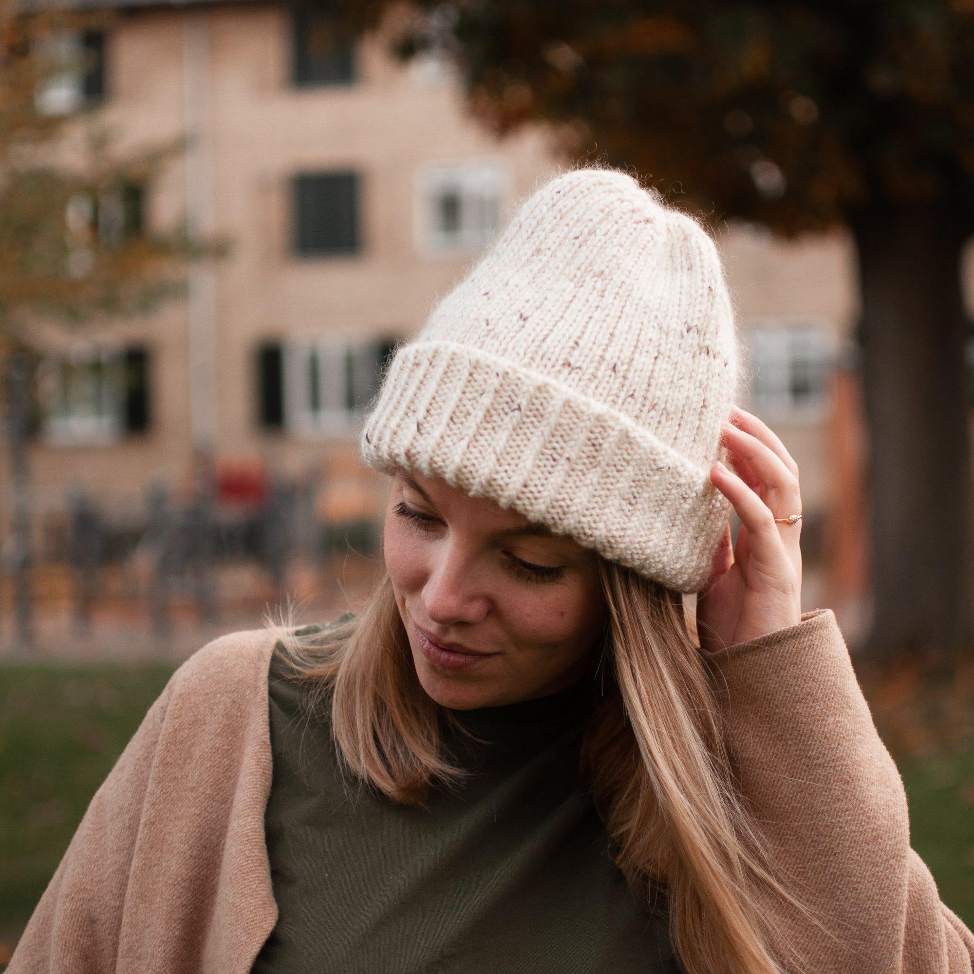 универсальные шапки